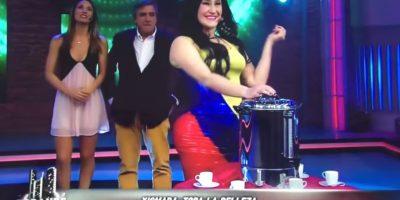 La actriz Belén Mora protagonizó la parodia en la televisión chilena. Foto:Tomada de video