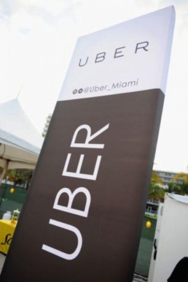 Aunque cada miembro de su familia tenga una cuenta de Uber, no todos podrán pagar con la misma tarjeta bancaria debido a que solamente se permite un máximo de cinco usuarios por cada una de ellas. Foto:Getty Images
