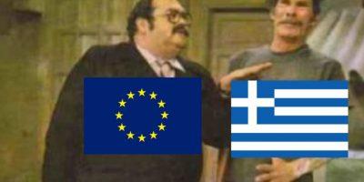 2. Grecia tenía que realizar un pago de mil 550 millones de euros. Como no lo realizó el pasado 30 de junio, se encuentra en situación moratoria. Foto:Twitter.com