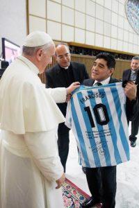 2. El papa visitará las ciudades de Quito y Guayaquil en Ecuador, La Paz y El Alto en Bolivia, así como Asunción en Paraguay. Foto:AFP