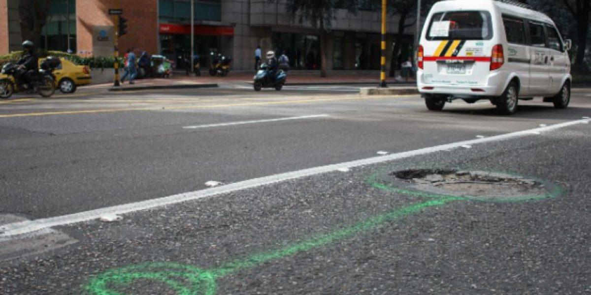 Campaña para que no caiga en el 'hueco' en Bogotá