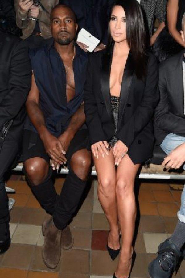 """""""Yo estaba obsesionada con lo brillante, los tacones de Rhinestone y el tipo de ropa del que ahora me río, y él me lo quitó todo"""", comentó en una entrevista con la revista """"Love"""" Foto:Getty Images"""