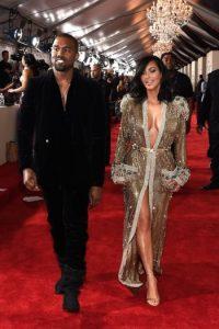 Al convertirse en una de las parejas más populares de la televisión, Kim debía lucir como una estrella. Foto:Getty Images