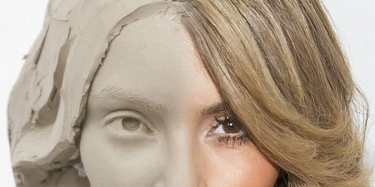 Así es la figura de cera de Kim Kardashian que toma selfies