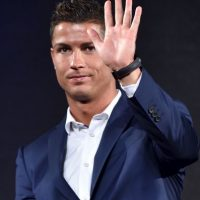 PSG nunca ha ocultado sus deseos de fichar a Cristiano Ronaldo, y de nuevo, medios franceses hacen eco del interés de los parisinos en el portugués, aunque en aquél entonces publicaron que la operación no se daría este año, sino en 2016. Foto:AFP