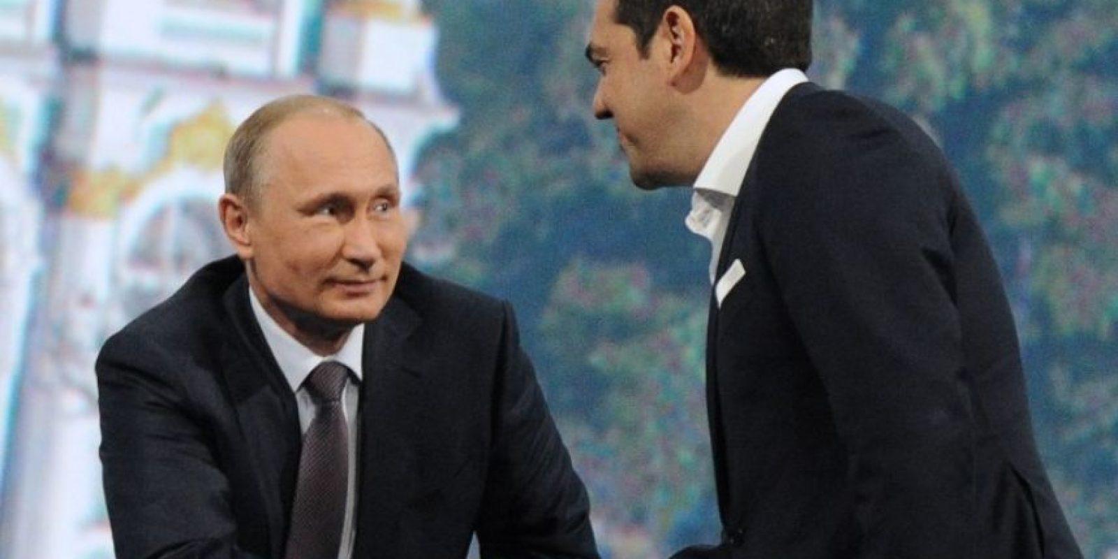 Ocupó cargos como miembro del comité central del partido político Synaspismos Foto:AFP