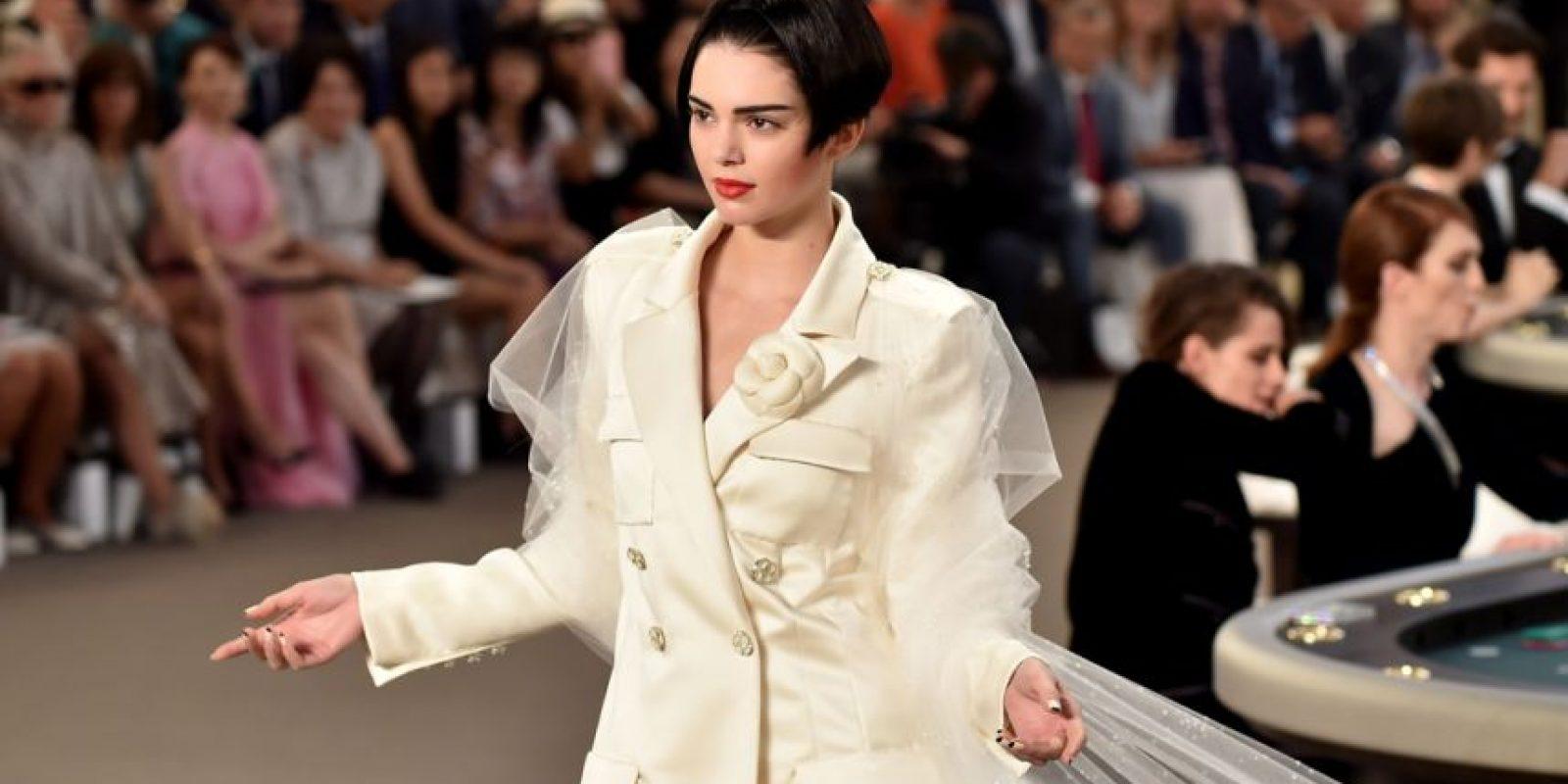 Kendall Jenner, en el último desfile de Chanel. Foto:vía Getty Images