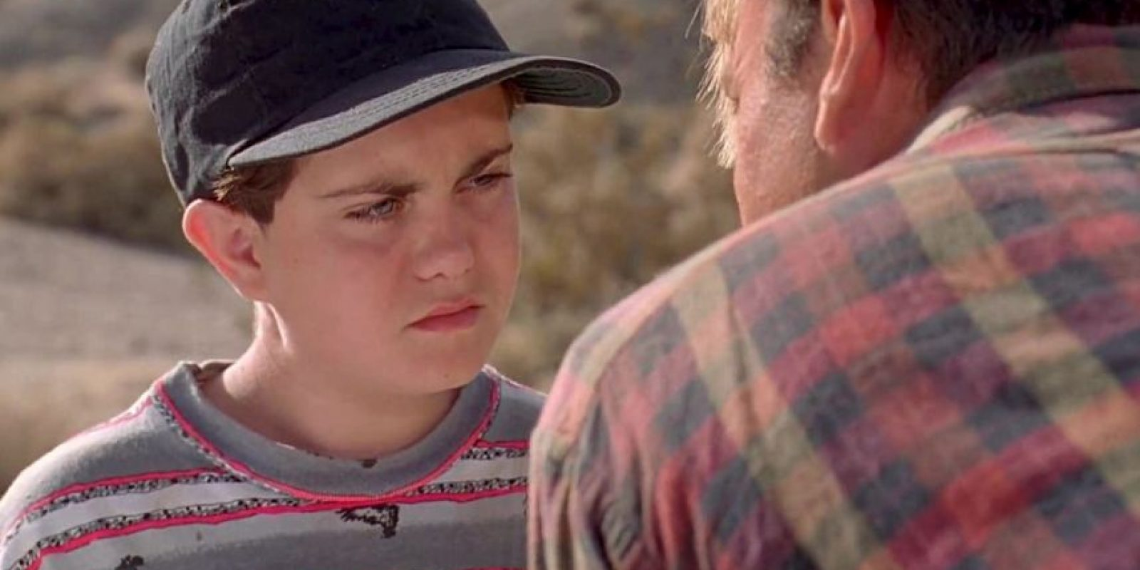 """""""Chris Pratt es el niño gordito al que 'Grant' asusta al principio de la película original"""", aseguró este curioso fan. Foto:YouTube"""