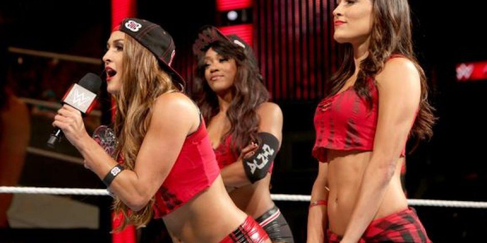 Pero Nikki aún es la monarca del circuito de divas Foto:WWE