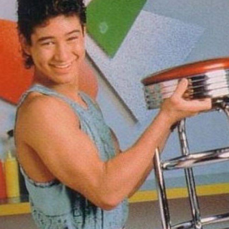 """A Mario Lopez, por lejos, es al que le ha ido mejor de todos sus compañeros. Era el activo """"A.C. Slater"""". Foto:vía NBC"""