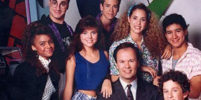 """Puede que la serie sea un clásico de los 90. Pero definitivamente, """"Salvados por la Campana"""" no ha generado titulares en la actualidad por el éxito de sus actores sino por todo lo contrario. Foto:vía NBC"""