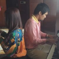 El boxeador filipino sabe tocar el piano. Foto:Vía instagram.com/mannypacquiao