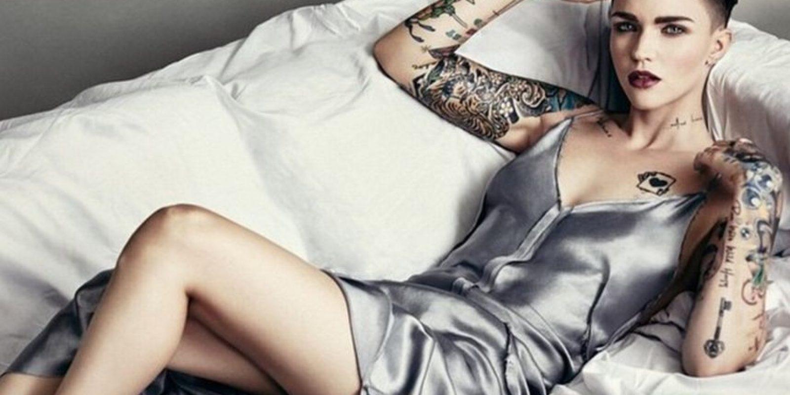 Saltó a la fama en Australia a través de un programa de MTV, y empezó el modelaje con marcas como Maybeline de la que ha sido imagen en ese país. Foto:Vía instagram.com/rubyrose/