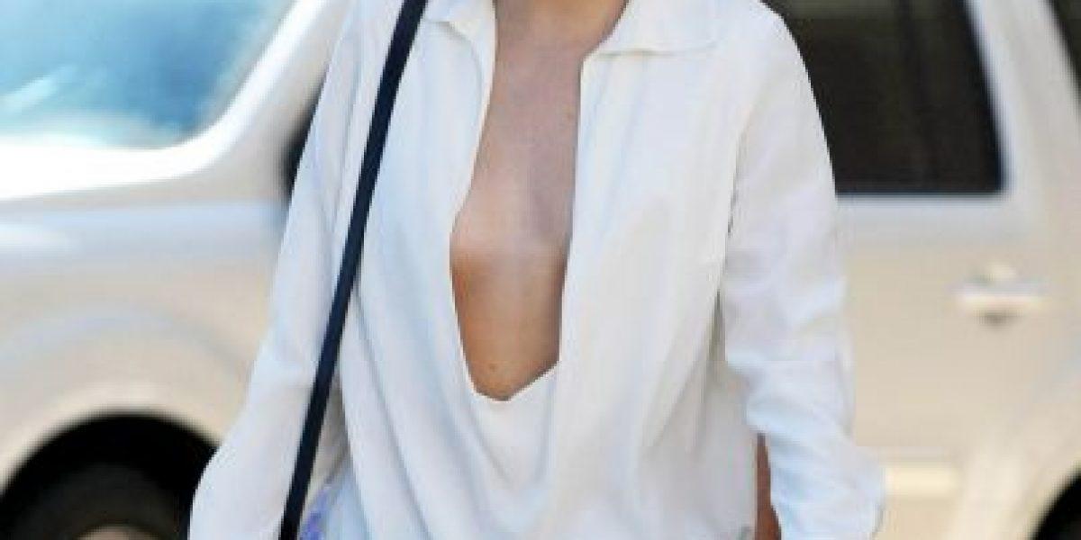 El escote extremo de Kendall Jenner que no dejó nada a la imaginación