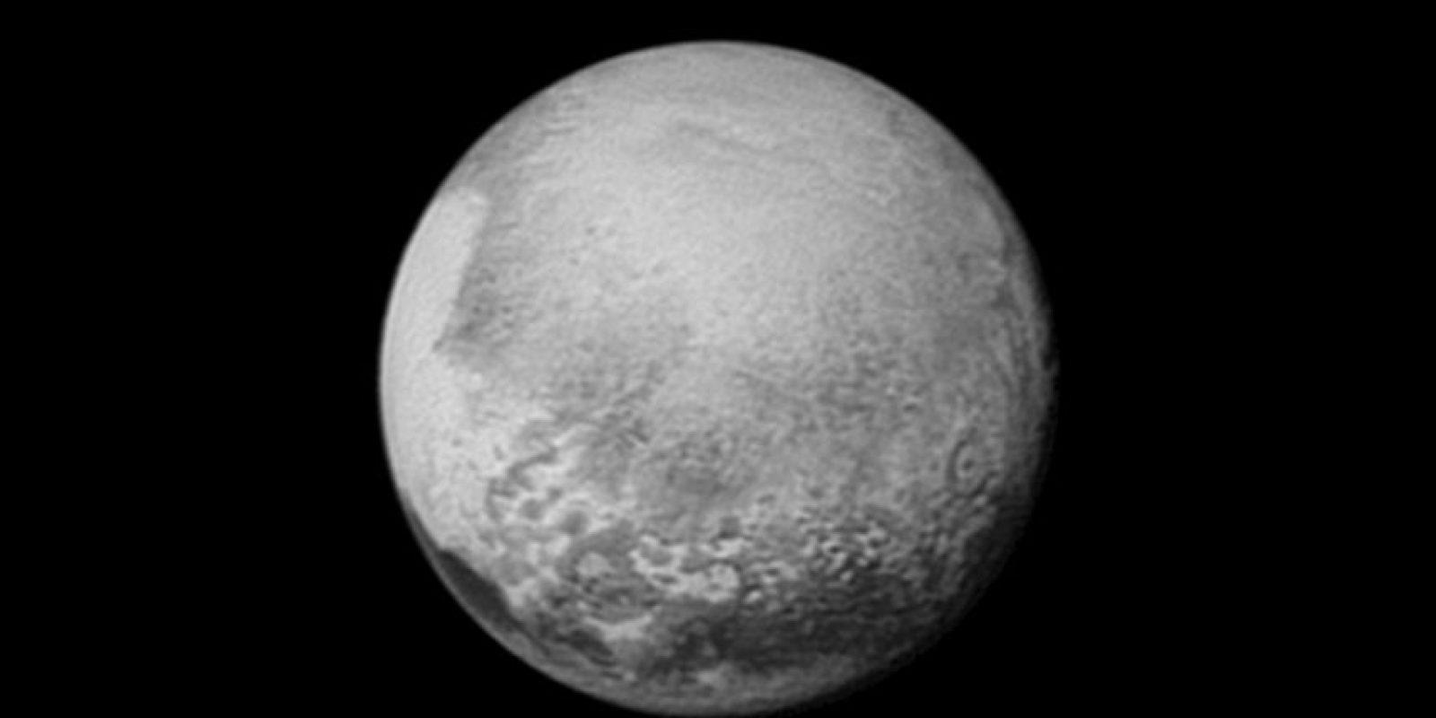 2. También dio a conocer nuevos datos que descubrieron del planeta enano. Foto:AFP