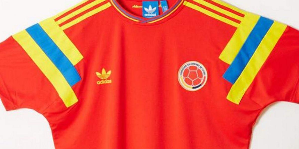 Fotos: Edición especial de la histórica camiseta de Colombia del 90