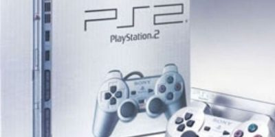 PlayStation 2 Slim (2004). Foto: Sony