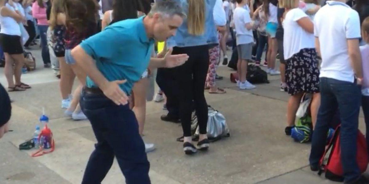 VIDEO: Este hombre sí que sabe disfrutar un concierto