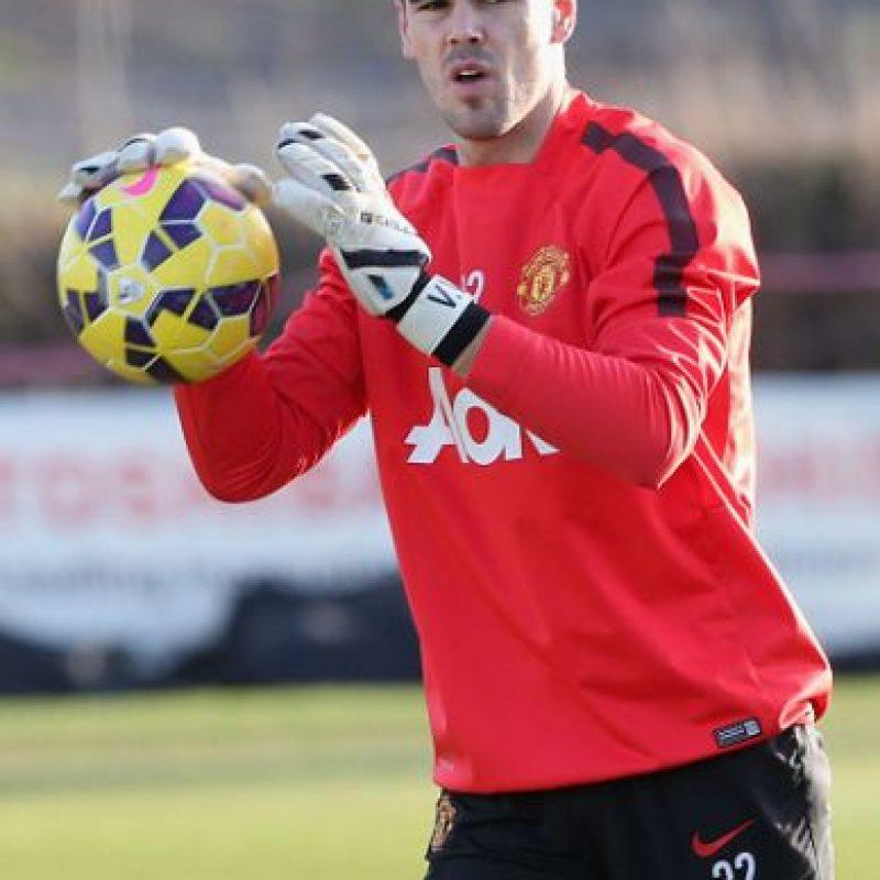 Llegó a Manchester United en octubre de 2014 para entrenar e iniciar su recuperación luego de una dura lesión que sufrió en marzo de ese año y que lo dejó fuera del Mundial de Brasil. Foto:Getty Images