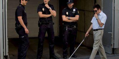 Practicando fútbol le robaron su mochila, como no pudo ver quién fue la policía no lo tomó en cuenta. Foto:Getty Images