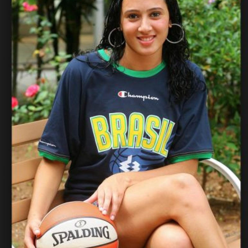 Tiene 24 años Foto:Vía twitter.com/FIBA