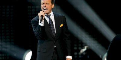 Por años, Luis Miguel negó que la hija de la cantante mexicana, Stephanie Salas, fuera suya. Foto:Getty Images
