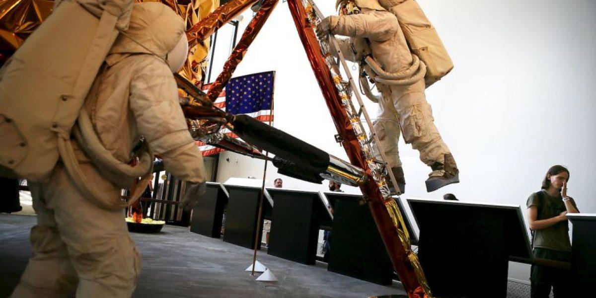 Inician proyecto para restaurar traje del primer hombre en la luna