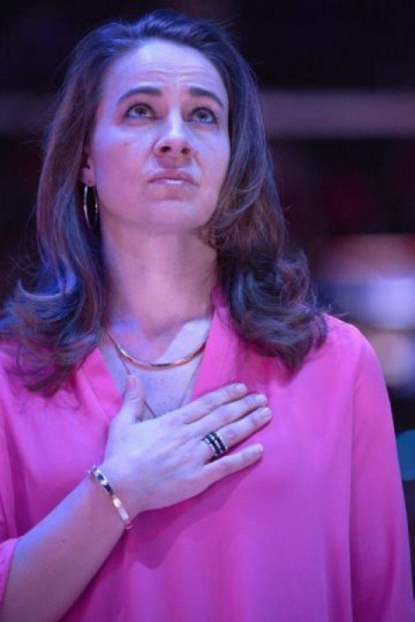 """""""Becky"""" se retiró del basquetbol en 2014, pero no se alejó de las duelas. Greg Popovich vio en ella grandes cualidades y la invitó a ser parte de su equipo de ayudantes. Foto:Getty Images"""