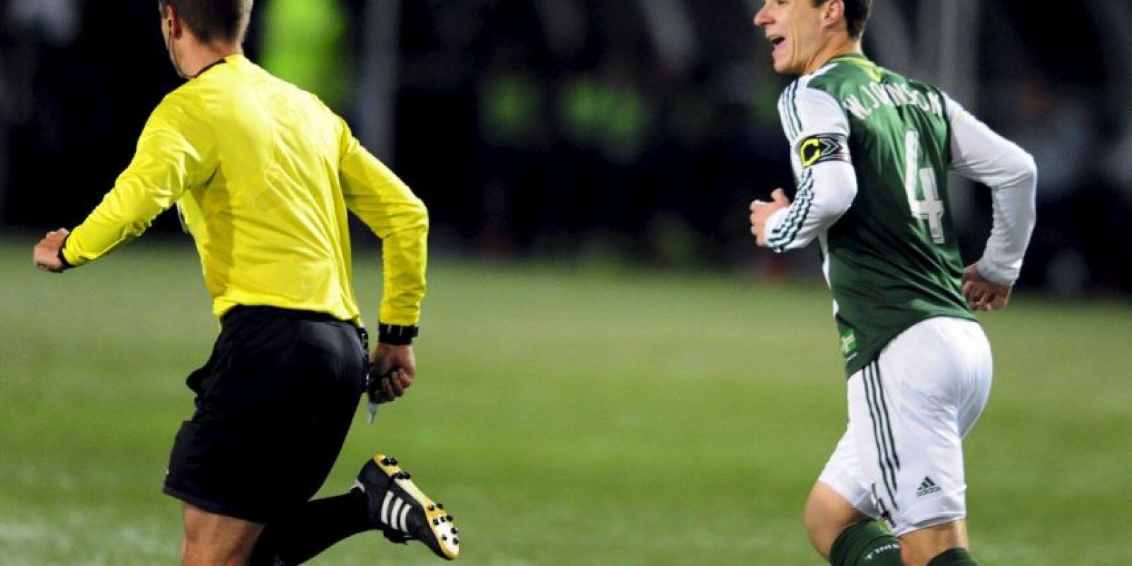 Es considerado uno de los mejores árbitros de la MLS Foto:Getty Images