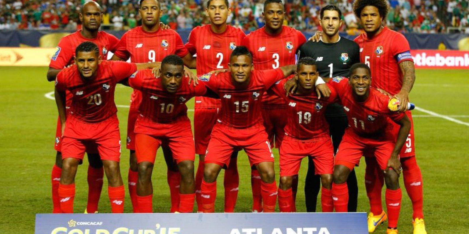 El partido terminó con los ánimos encendidos y los panameños reclamaron furiosos al árbitro que tuvo que irse del estadio escoltado. Foto:Getty Images