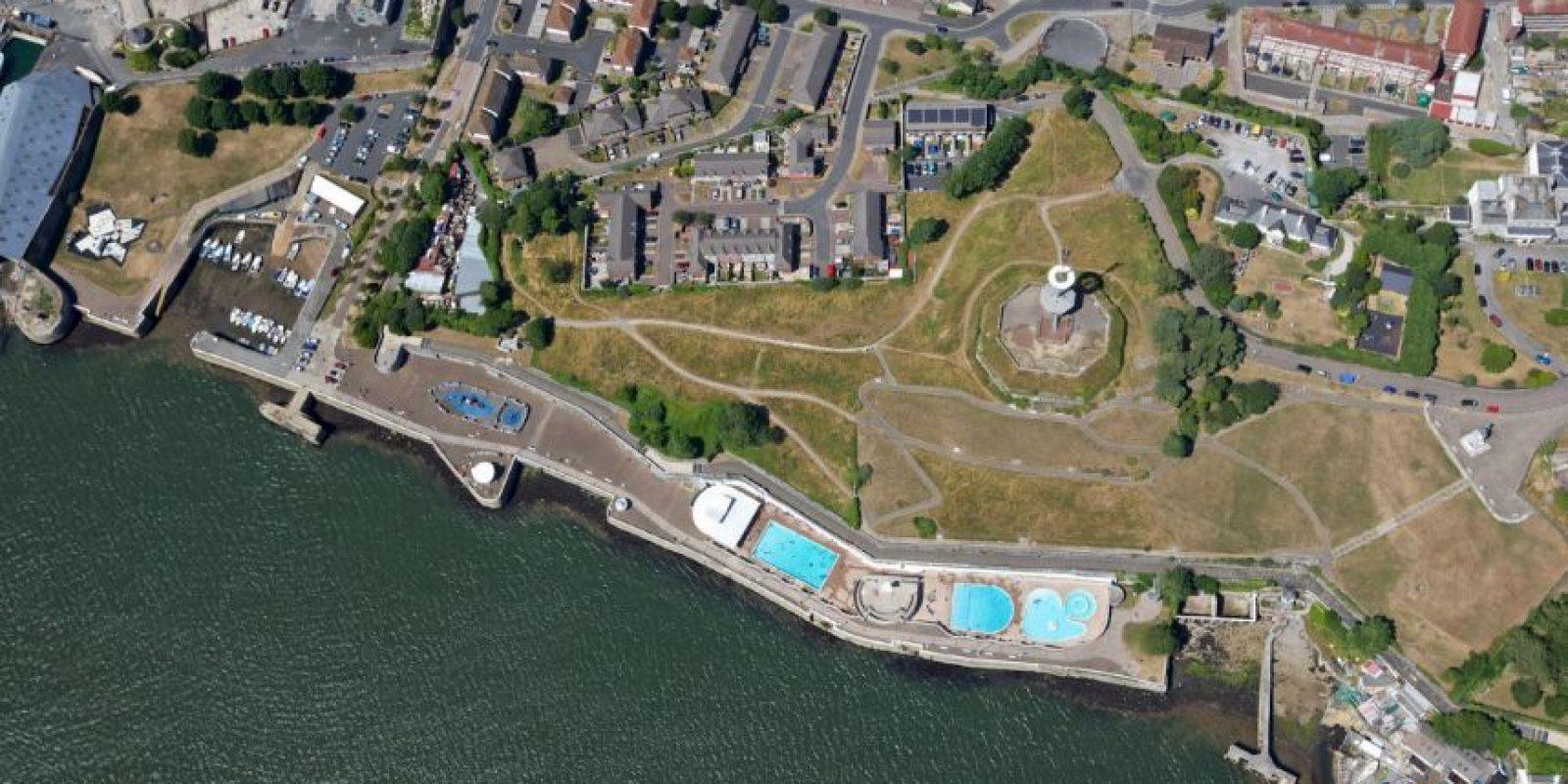 En la base naval Devonport de Plymouth, cuando sus colegas los dejaron encerrados accidentalmente. Foto:Vía facebook.com/Devonport-Plymouth