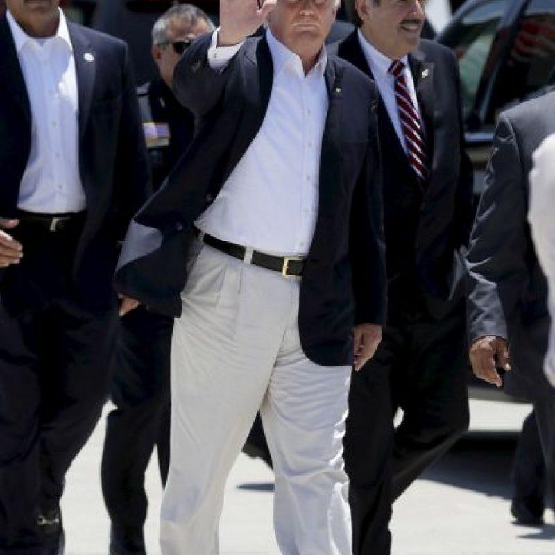 """A su llegada, Trump mencionó que estaba ahí """"A pesar del peligro que significa"""" Foto:AP"""