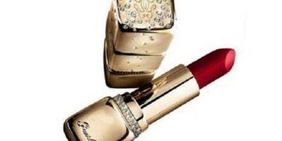 El labial más caro del mundo es de Guerlain. Cuesta 62 mil dólares. Tiene diamantes en la cubierta. Foto:vía Guerlain
