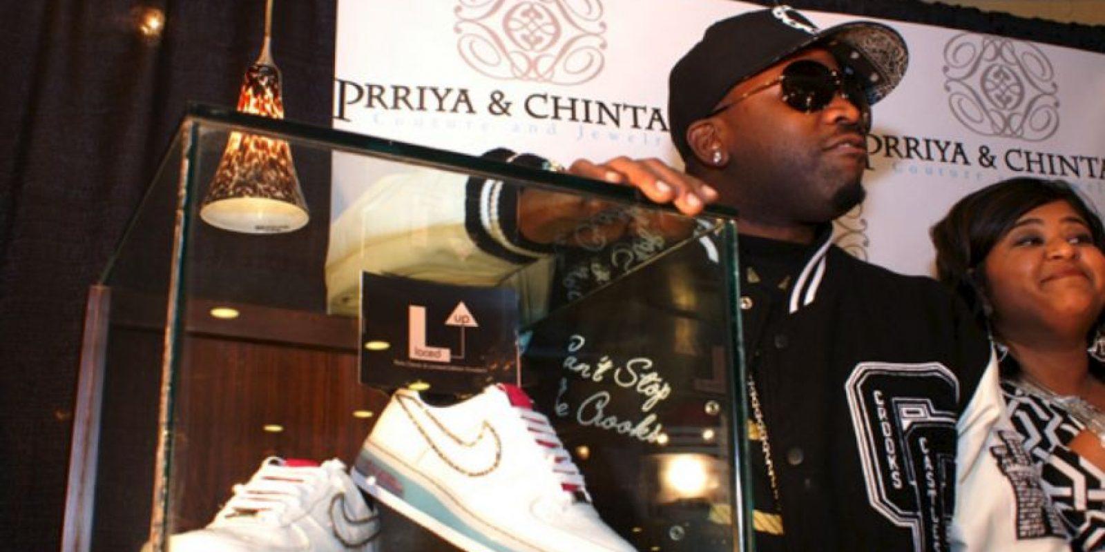 Estos Nike con diamantes cuestan 50 mil dólares. Foto:vía Getty Images