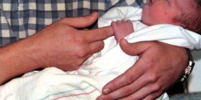 Como no la atendían, Verónica decidió ir al baño. En ese momento vio la cabeza de su bebé aparecer y, por sus gritos de desesperación, un doctor corrió a ayudarla. Foto:Getty Images