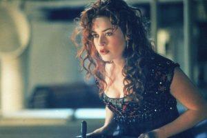 La actriz confesó que, durante sus años de escuela, había una chica que solía burlarse de su apariencia. Foto:IMDB