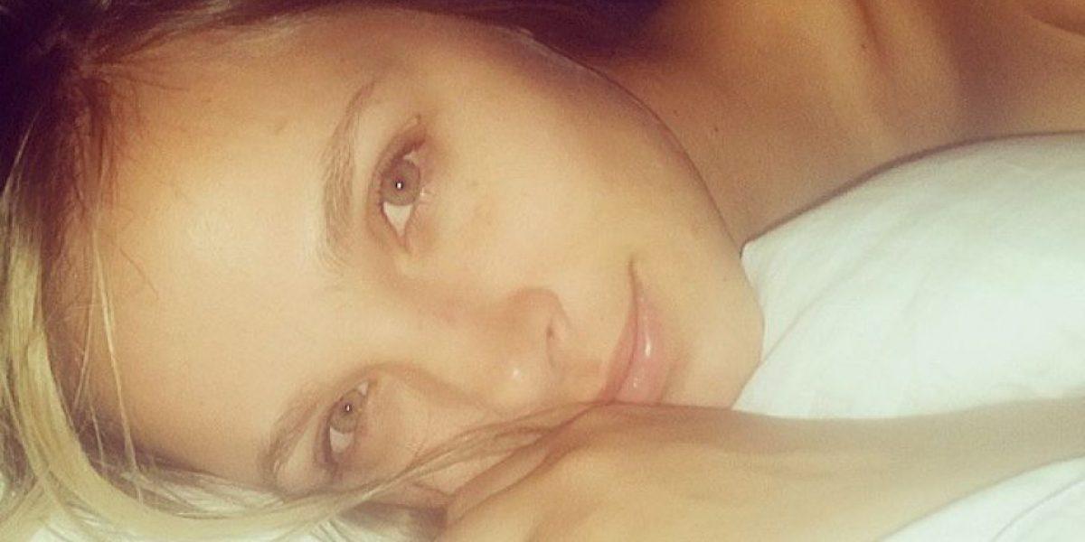 Elizabeth Loaiza impacta sin una gota de maquillaje