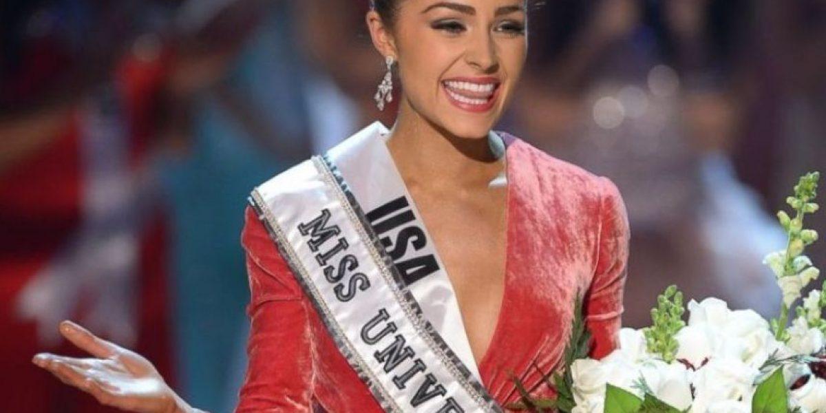Ex Miss Universo se desnuda para atrevida sesión fotográfica