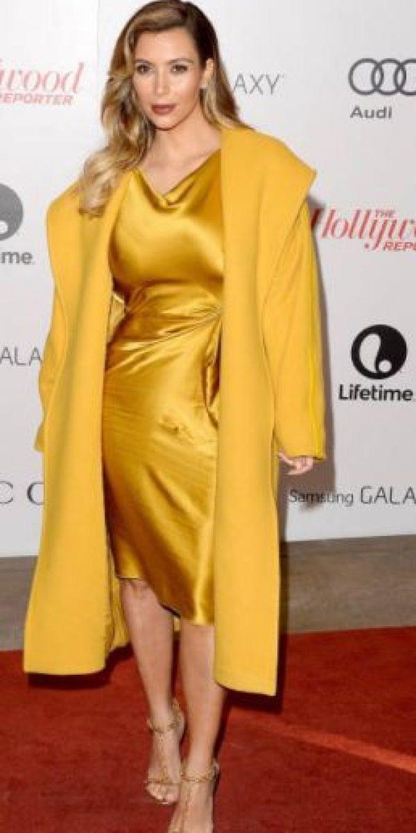 Un gran look amarillo mostaza. Foto:vía Getty Images