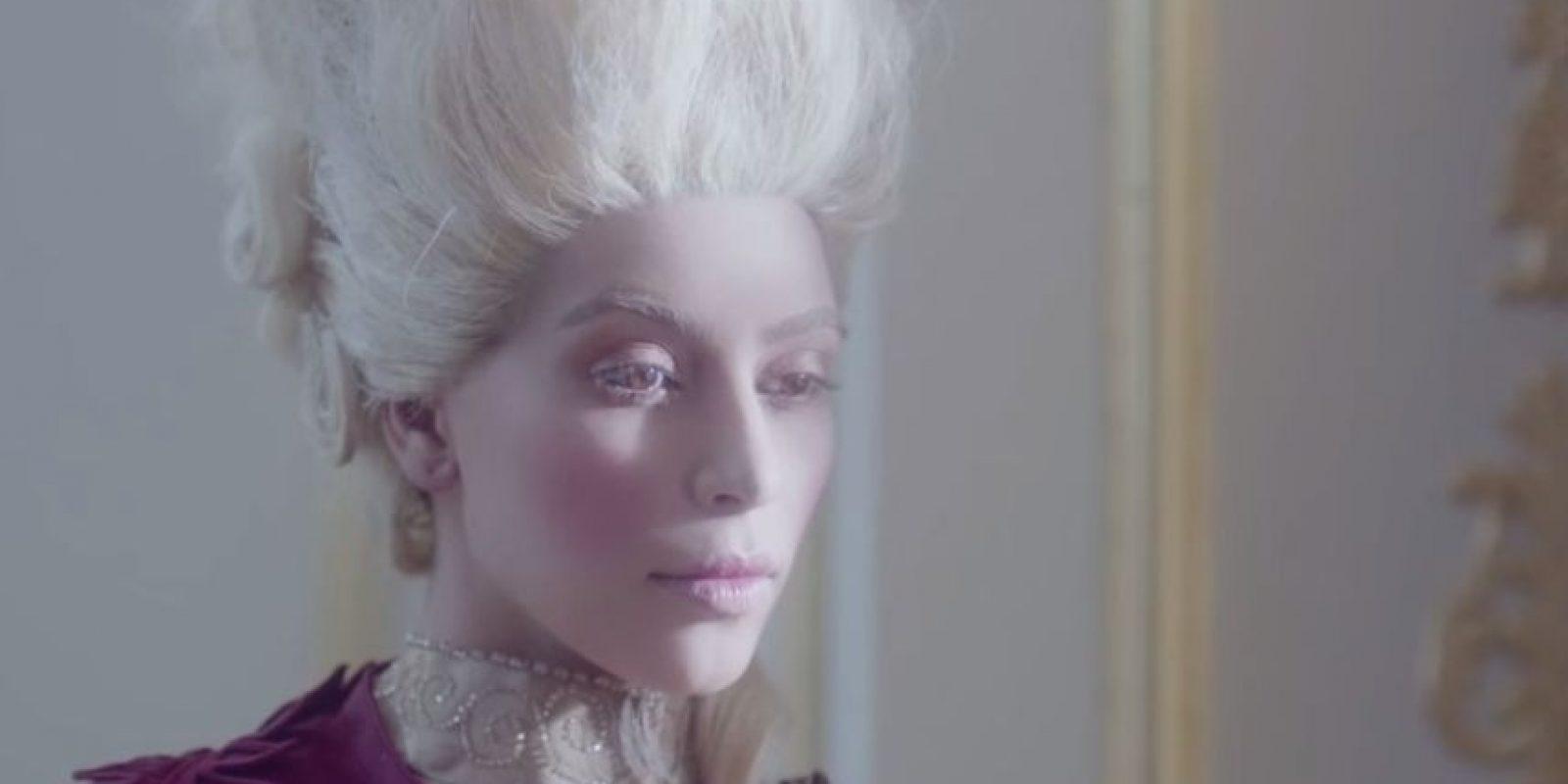 """Durante la publicidad vemos a la estrella de """"Keeping Up with the Kardashians"""" paseando en bicicleta, Foto:YouTube HYPE Energy USA"""