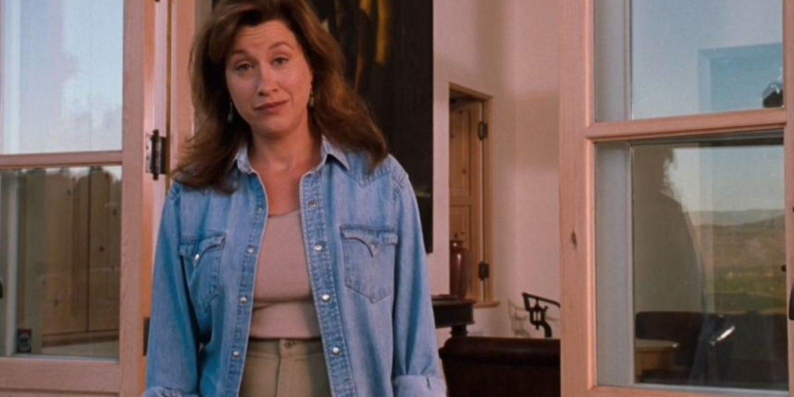 """Interpreto a la tía de las gemelas, """"Chessy"""". Foto:YouTube"""