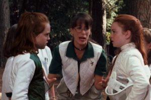 """La recordada """"Janice"""" de """"Friends"""" participó en este filme como una profesora de esgrima. Foto:YouTube"""