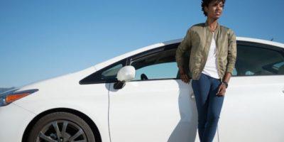 Durante abril, un conductor fue agredido y su auto quedó con el vidrio trasero destruido después de que taxistas le dispararan con una pistola de balines. Foto:Uber