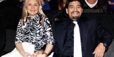 """Esto porque en la cena de año nuevo para recibir el año 2014, Vanessa, esposa de """"El Chino"""" le dio una bofetada a Rocío Oliva, novia de Maradona, porque presuntamente, la joven de 25 años insultó a """"Dieguito"""", hijo del astro y Verónica Ojeda, expareja del """"Pelusa"""". Foto:Getty Images"""