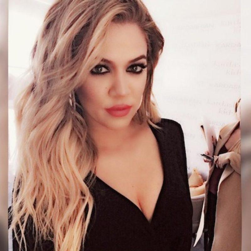 "Khloé Kardashian reveló que tanto ella como sus hermanas continúan llamando ""Bruce"" a Caitlyn Foto:Instagram/KhloeKardashian"