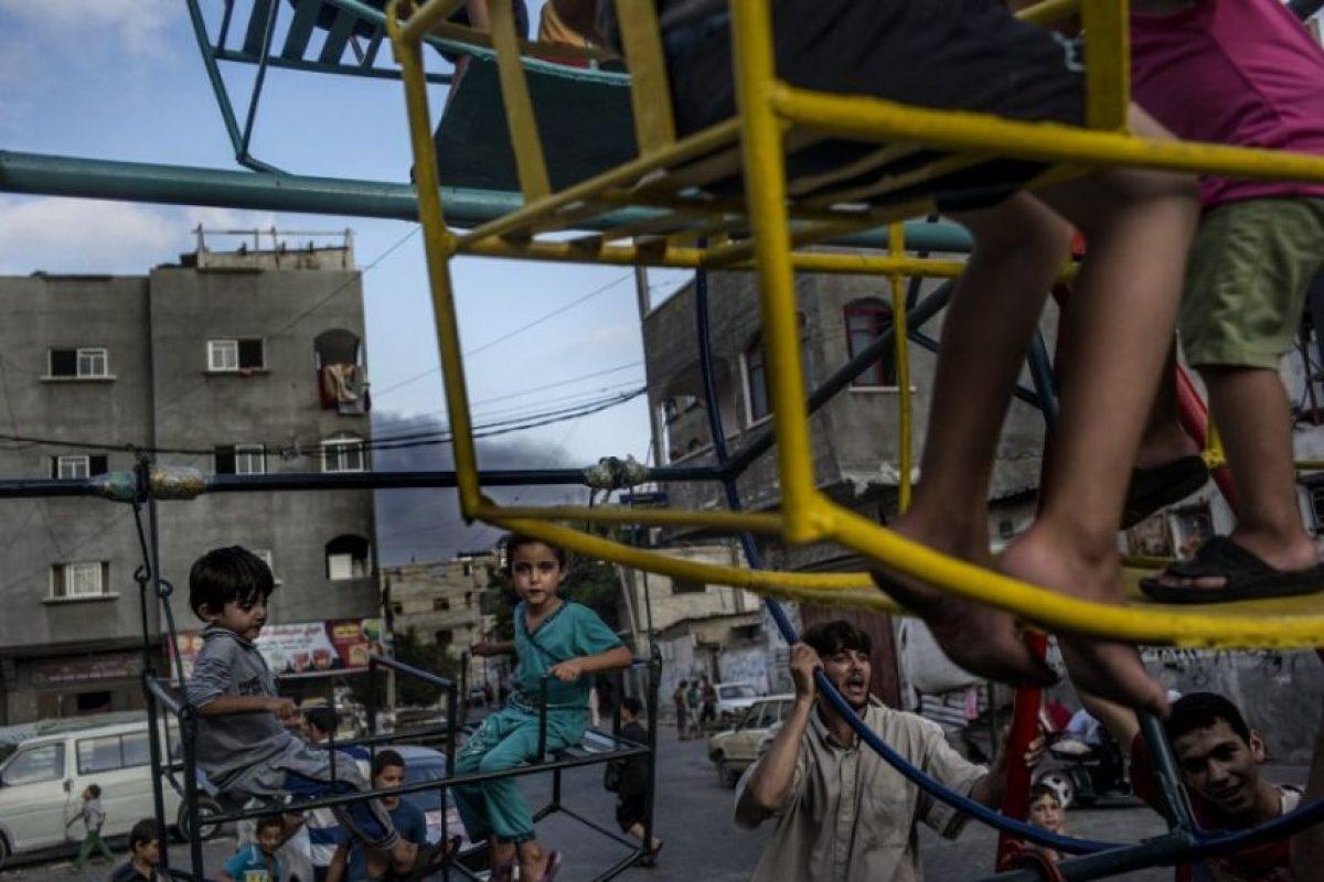 En total, un millón de niños se vieron afectados por un conflicto que destrozó también las infraestructuras Foto:AFP