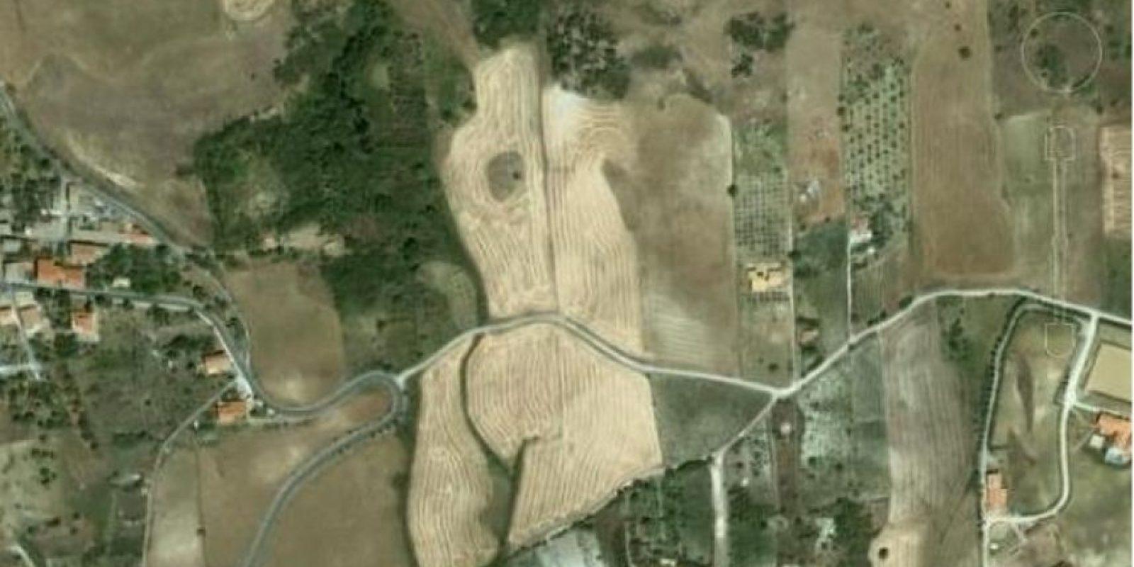 ¿Ven el cuerpo de la mujer? Foto:Google