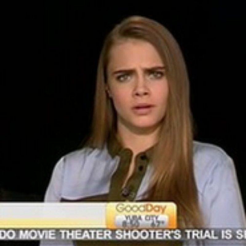 Lección número uno para cualquier periodista de espectáculos: Foto:vía Youtube
