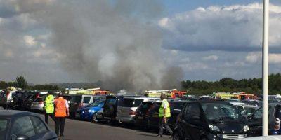 El jet Phenom 300 se estrelló muy cerca de la pista. Foto:Vía Twitter @tubman89