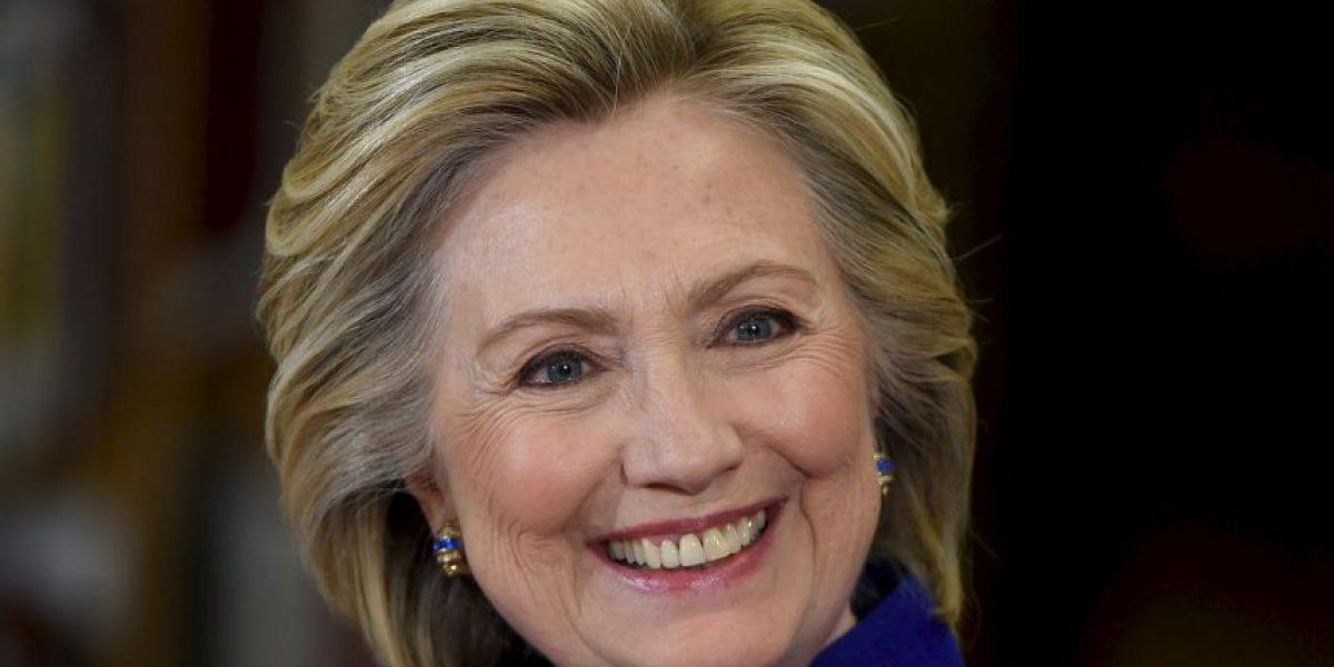 Clinton pagó 43 millones de dólares en impuestos en los pasados 8 años